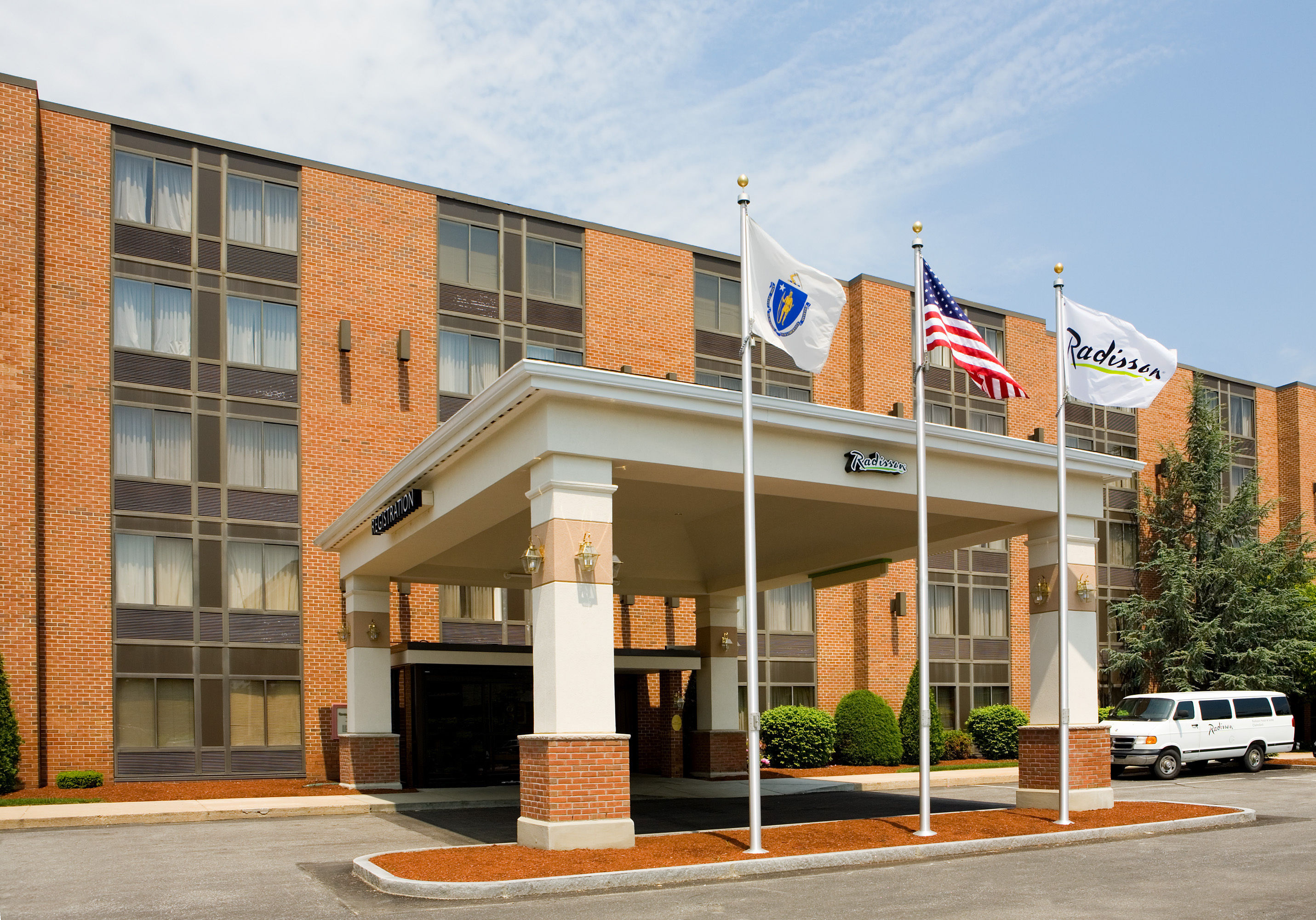 Radisson Hotel And Suites Chelmsford Lowell Ma 3 United States From Us 144 Booked