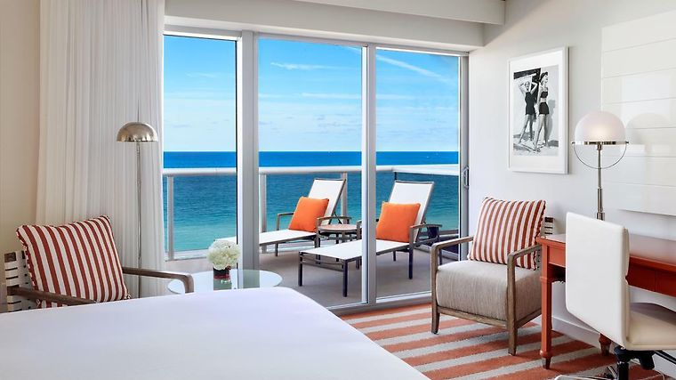 Hilton Cabana Miami Beach Room
