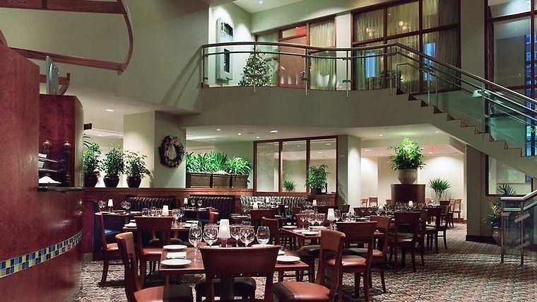 Embassy Suites Washington D.C. - Convention Center Restaurant Finn - Porter Restaurant