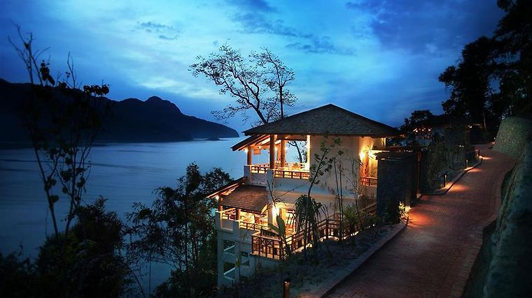 Andaman (Luxury Seaview) Exterior Nighttime