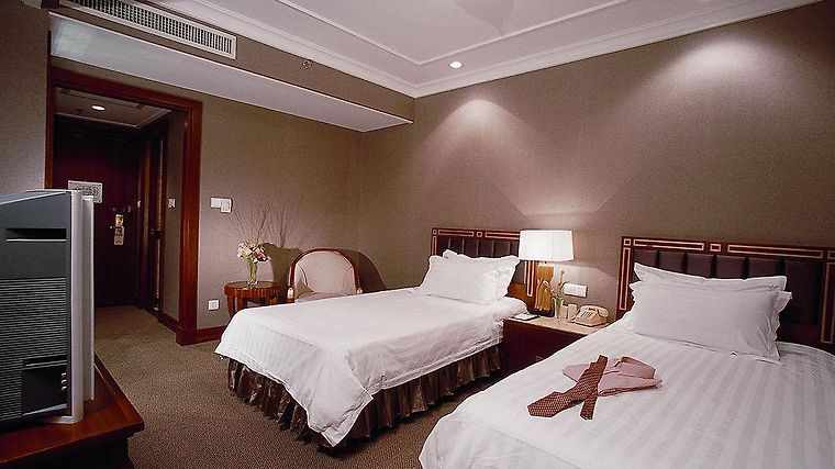 Everbright Convention Center Grand Hotel Room