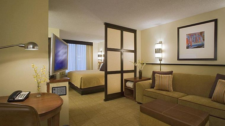 Hyatt Place Baton Rouge I 10 Room