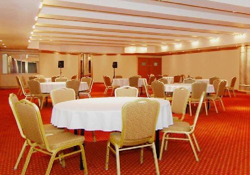 Best Western Plus Montreal Downtown-Hotel Europa Business Meeting Room