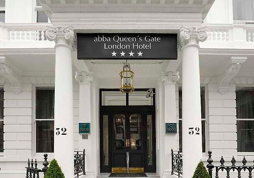 The Queen'S Gate Hotel Exterior