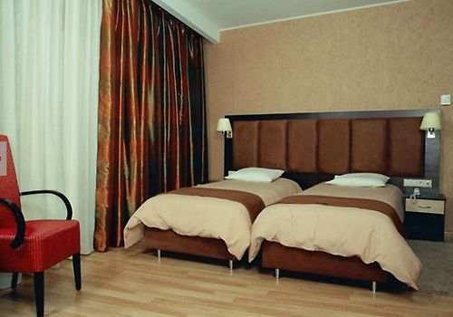Makedonia Room Hotel information