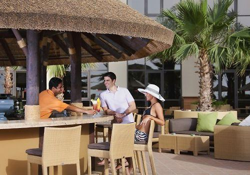 Amwaj Rotana Jumeirah Beach Dubai Restaurant Sun Deck Pool Bar