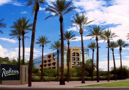 Drury Inn And Suites Phx Airport Exterior